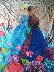 Frozen and tangled bedding