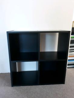 Cabinet/ book shelf
