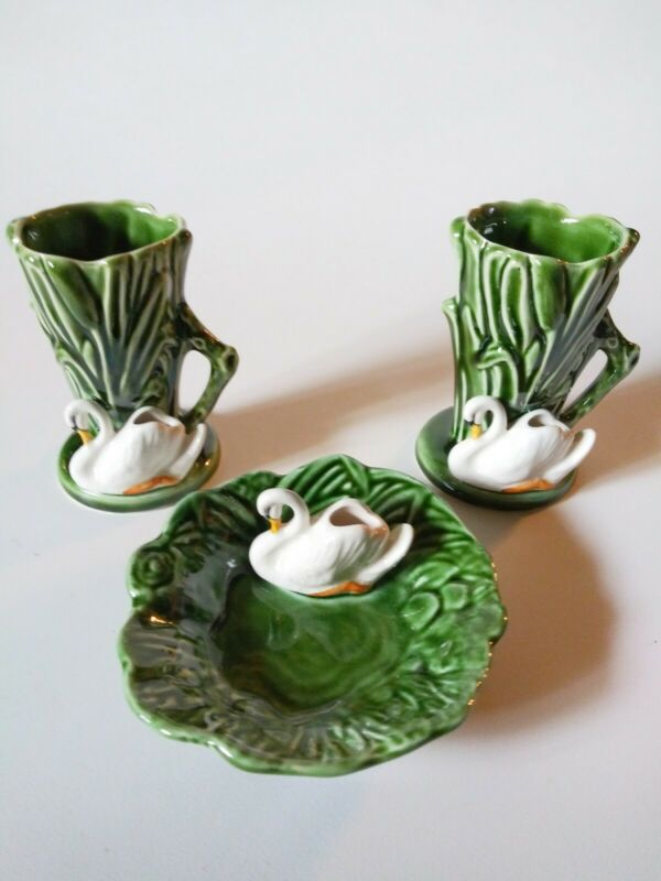 Vintage SylvaC England Green Swan Cattails Pottery (2)Vases(#4385) & Bowl(#4524)