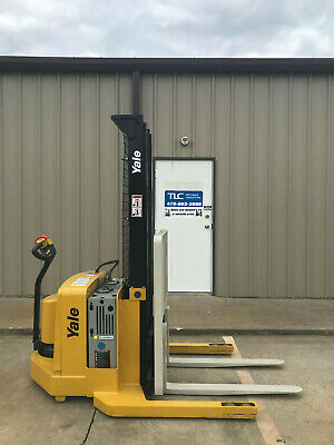 2006 Yale Walkie Stacker - Walk Behind Forklift - Straddle Lift Only 2854 Hours