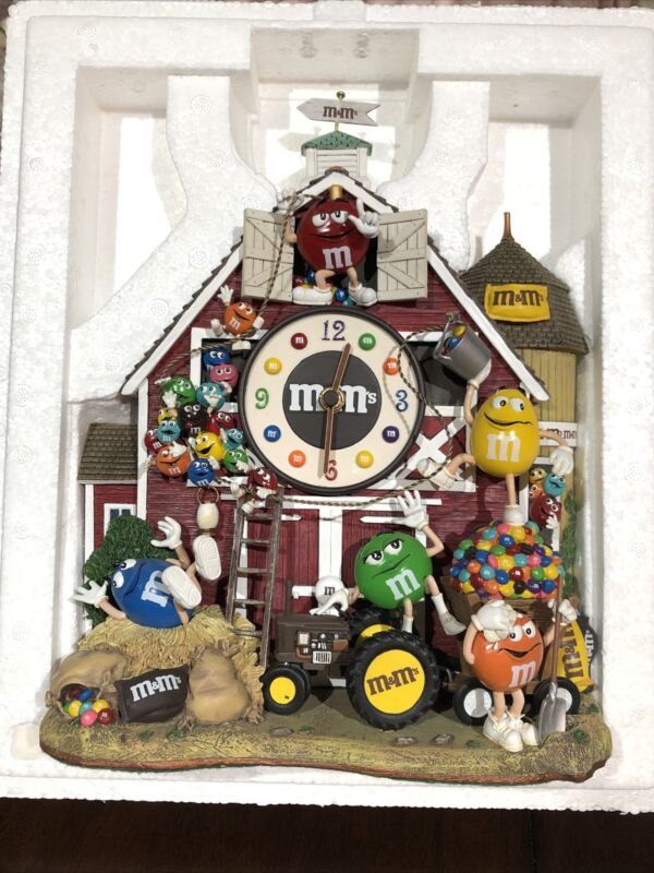 M&M's Farm Clock by The Danbury Mint, Brand New in Original Box, 2005