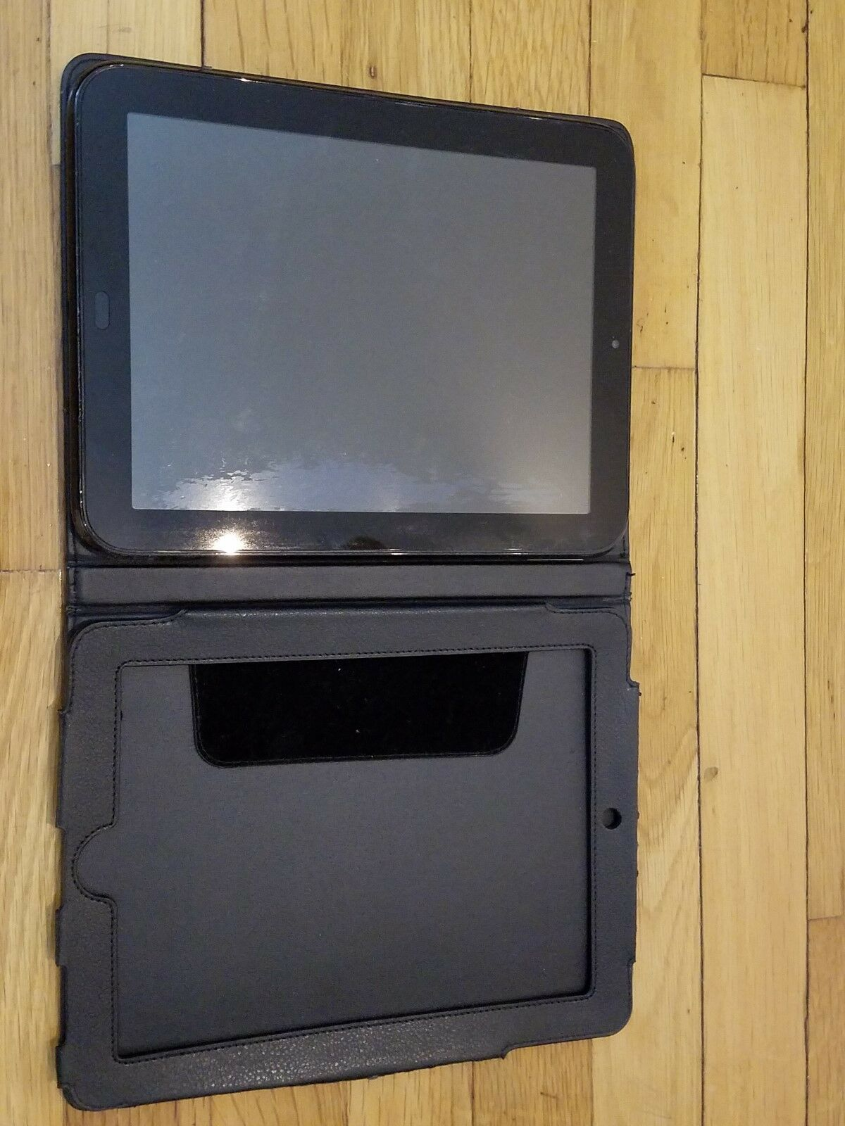 HP TouchPad FB355UA 16GB, Wi-Fi, 9.7in - Glossy Black - NOT WORKING