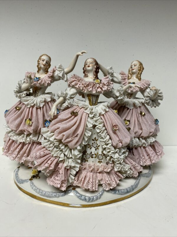 "Large Antique Dresden Lace 10"" Porcelain Three Ladies Dancing"
