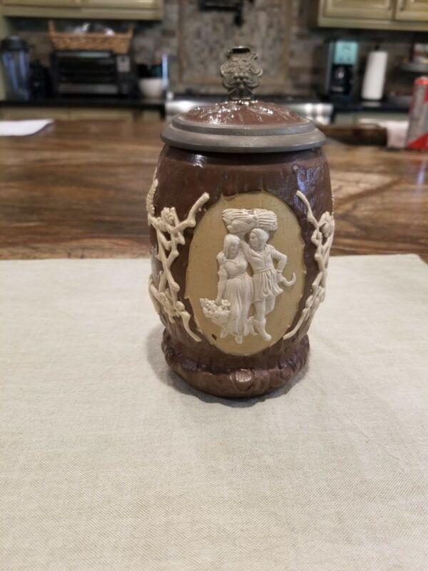 beer stein mug Villeroy & Boch Mettlach #1028 from 1874- 1909 pewter lid