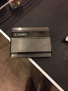 """500 w Jl Audio amp and 2 10"""" Pioneer subs"""