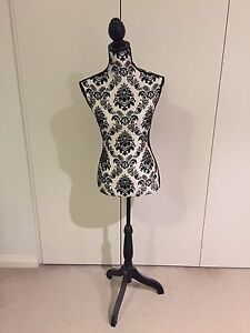 Dress Mannequin with pattern Gordon Ku-ring-gai Area Preview