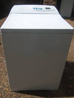 Fisher & Paykel 7.5kg Intuitive top load washer Coes Creek Maroochydore Area Preview