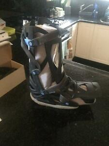 Adjustable Moon Boot Dulwich Burnside Area Preview