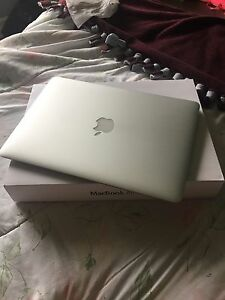 2014 MACBOOK AIR UNDER WARRANTY 13""