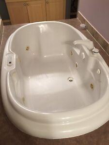 Jacuzzi jet tub