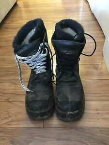 Steel toed winter work boots