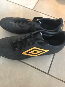 Soccer cleets
