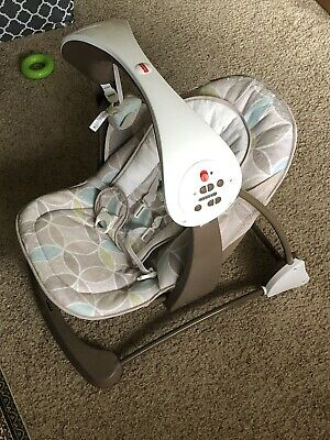 Fisher Price CJV03 Deluxe Take Along Swing and Seat