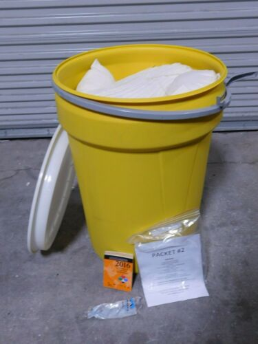 Duck Sorb 21 Gallon Universal Sorbent Spill Kit
