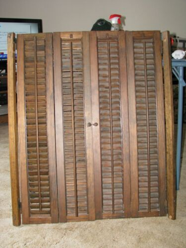 VTG ANTIQUE LOUVERED WOOD BIFOLD INTERIOR WINDOW SHUTTERS WITH HANGERS