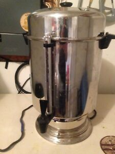 Commercial coffee percolator