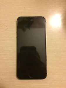 iPhone 5s 16gb locked (with Rogers)
