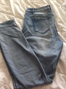 BLUENOTES Ladies JEGGINGS Jeans, great shape,34x32,$4