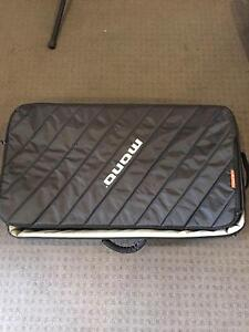 Mono case for pedalboard (M80) Lockleys West Torrens Area Preview
