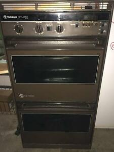 WESTINGHOUSE SILOUETTE DOUBLE WALL OVEN Nerang Gold Coast West Preview