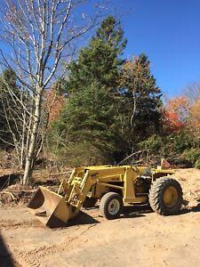 Massey Ferguson 40B Tractor