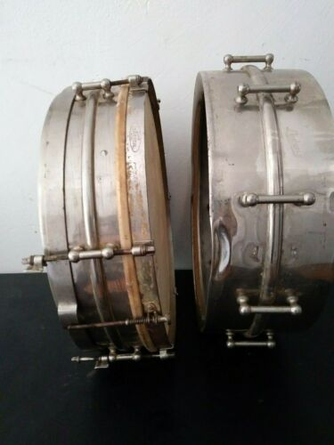 Vintage 2 Ludwig Universal 1920s model snare drums