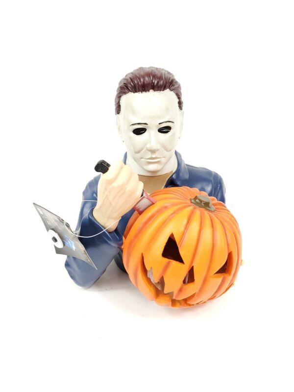 NEW Michael Myers Light Up Ceramic Statue Spirit Halloween Exclusive