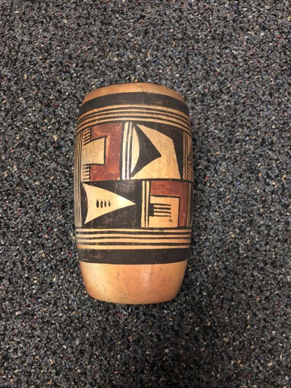 """Vintage Native American Handmade 6"""" Vase Hand Painted"""