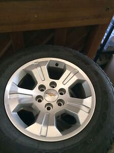 Stock Chevy 18 inch Alloy Rims with rybber