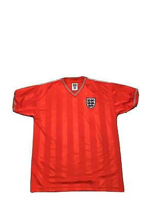 Mens England Football Shirt -Size Large. (1986)
