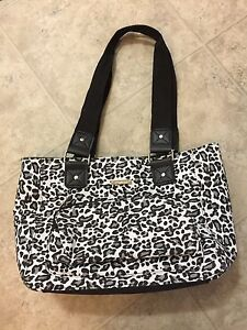Peter Nygard Insulated Lunch Bag