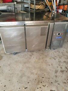 Fridge 2 door restaurant kitchen