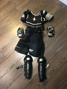 Youth med hockey equipment