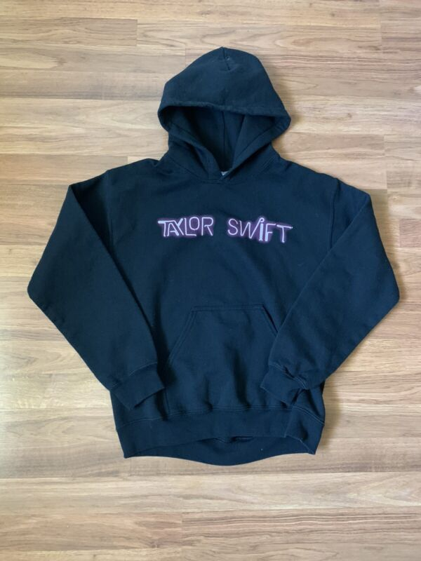 Taylor Swift 1989 World Tour Black Pullover Hoodie Sweater Size Small Gildan