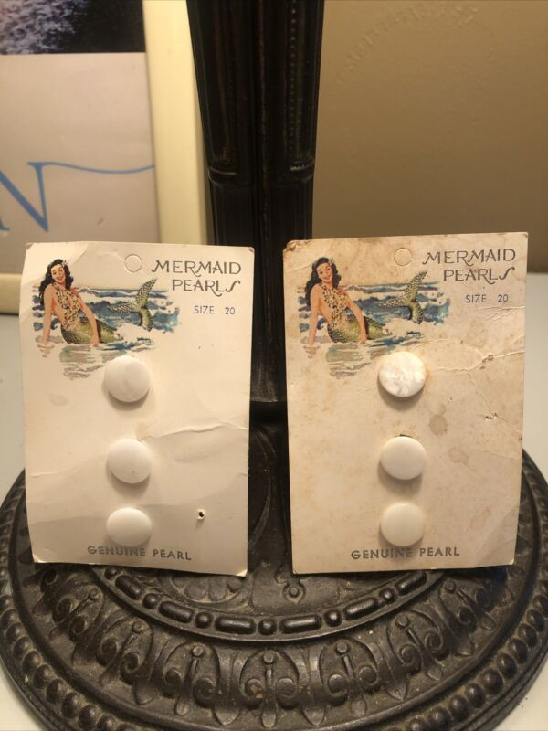 Vtg Great Graphic 6 Mermaid Pearls on Original Card Buttons Size 20