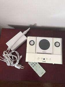 Logic 3 Ducking speaker and IPod classic.  New price