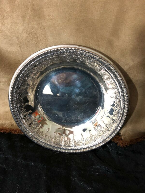 """Reed and Barton 1202 Vintage Silver plate Decorative 6"""" Bowl"""