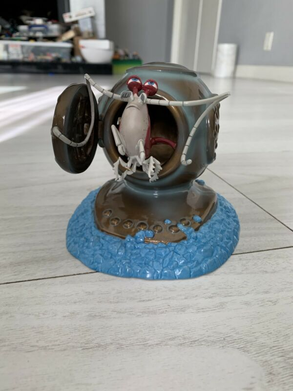 """wdcc figurines """"Bonjour"""" Jacques Finding Nemo by Dusty Horner COA"""