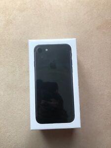 New iPhone 7 128 GB in Black