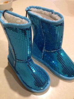 Girls ugg boots blue sequence  Narre Warren Casey Area Preview