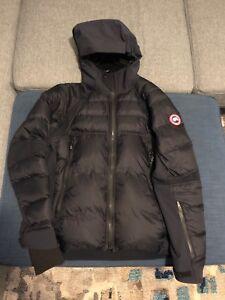 canada goose hybridge jackets buy or sell used or new clothing rh kijiji ca
