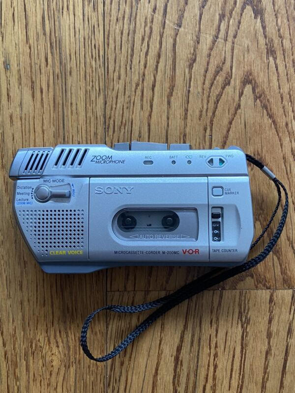 Sony M-200MC Clear Voice Handheld Cassette Voice Recorder w/ Zoom Mic VOR Tested