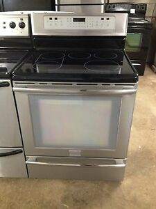 2 year old mint Frigidaire stainless stove