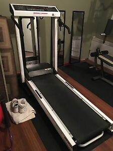 Spirit cushion flex folding treadmill