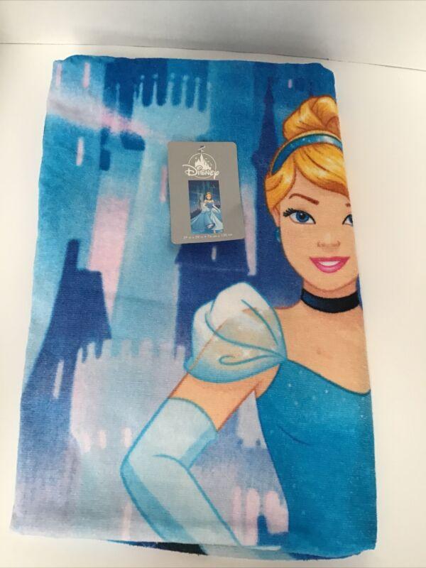 "Disney Store Beach Towel CINDERELLA   Pretty Castle   SO SOFT 29"" x 59"" NEW NWT"