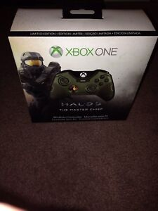 Sealed Limited Edition Halo 5 Xbox One Controller