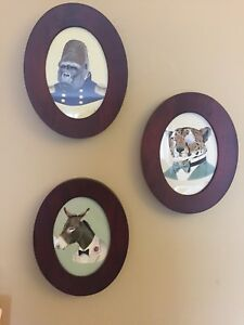 Animal art/oval picture frames