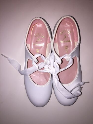 NEW Capezio Junior DANCE Tap Shoe for Girls Style 7106 White