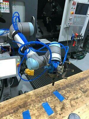 Turnkey Cnc Machine Tending Universal Robots Ur5 Robot Package