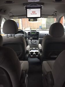 Kia Sedona 2008 * great condition *